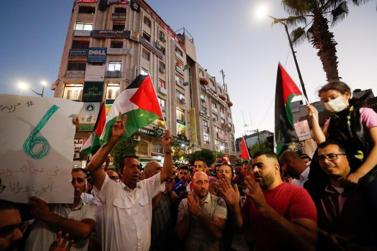 دعوات شبابية للتظاهر نصرة الأسرى في الضفة وغزة